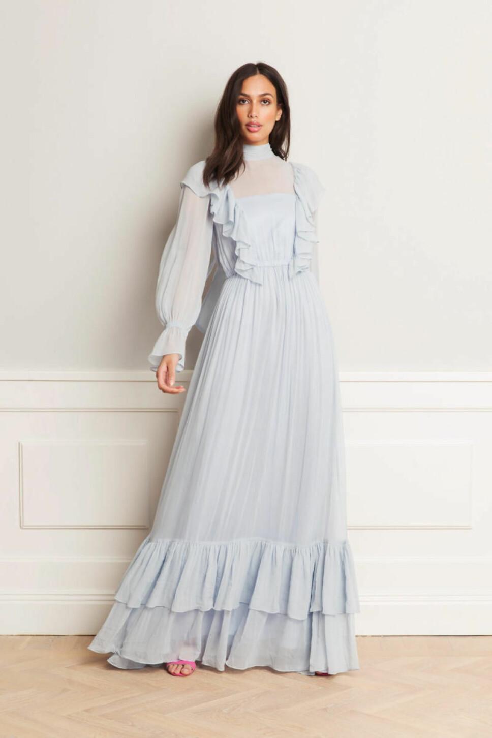 FÅ STILEN: Denne lekre kjolen fra svenske By Malina er på salg nå til 3500 kroner på Boozt.