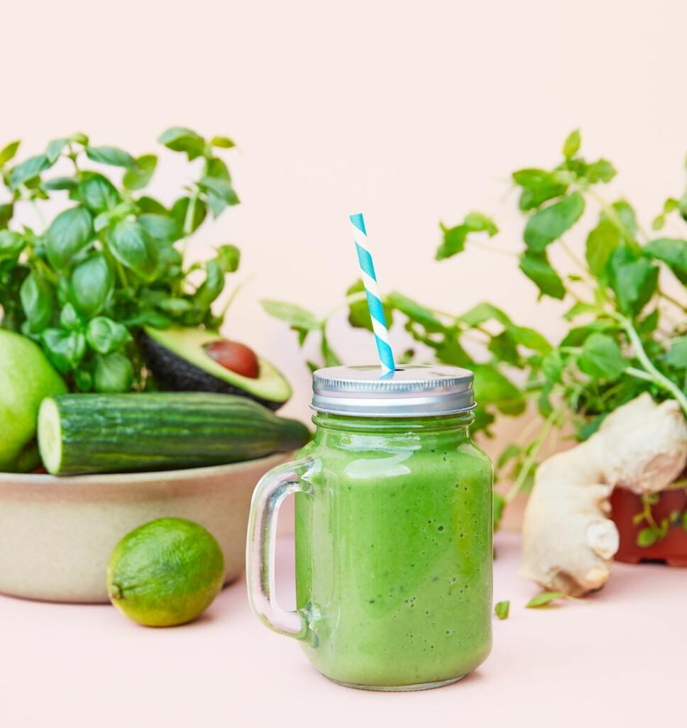 GRØNNSKOLLING-SMOOTHIEN: Inneholder mye grønnsaker og lite frukt. Grønnskolling