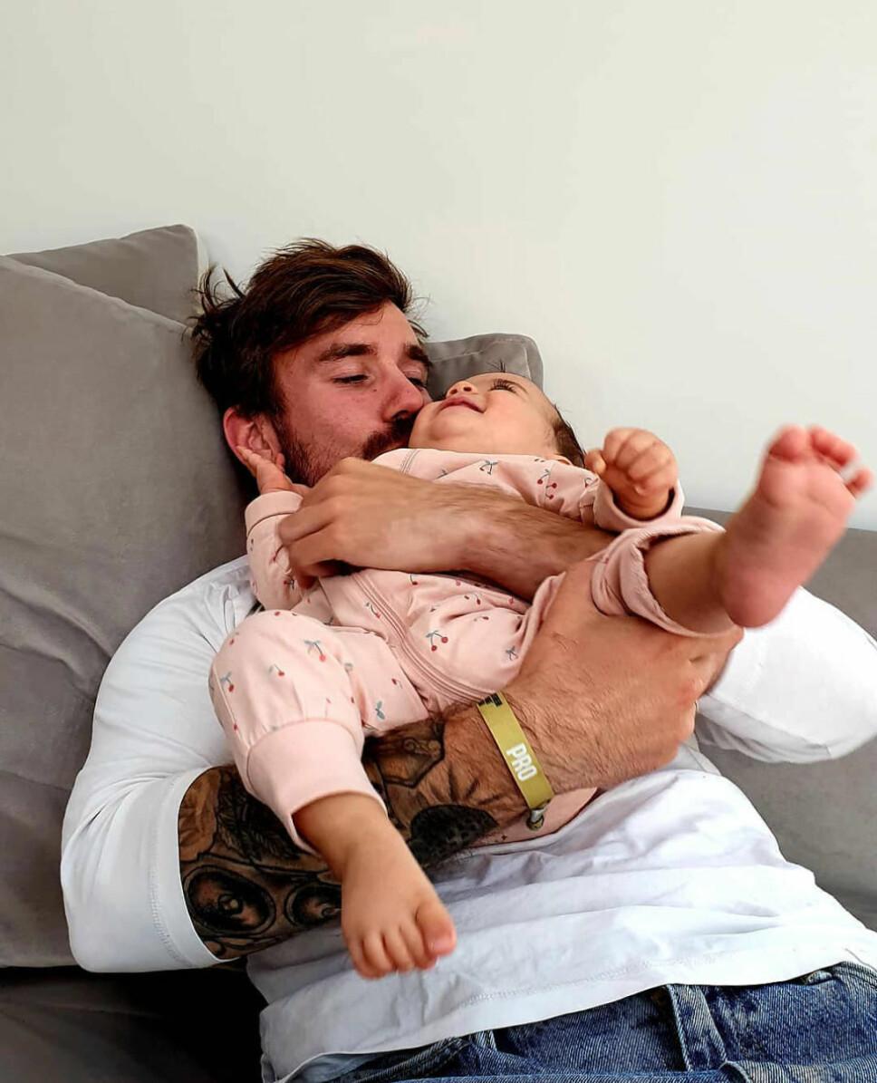 FAR OG DATTER: Stian og datteren Noelle.