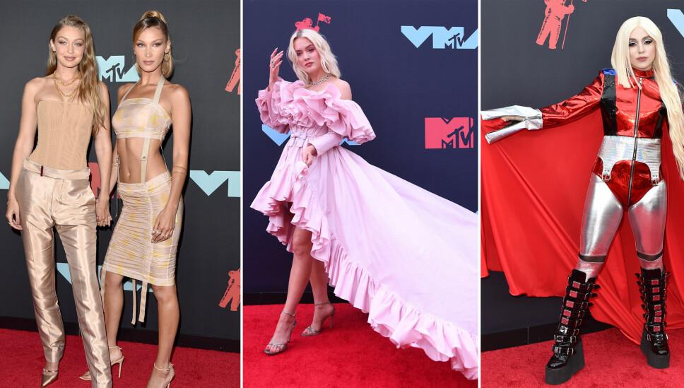 RØD LØPER: Gigi og Bella Hadid, Zara Larsson og Ava Max på den røde løperen under MTV Music Video Awards.