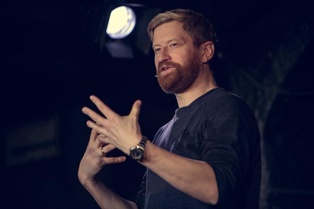 Odd-Magnus Williamson er aktuell med forestillingen What Is Love.