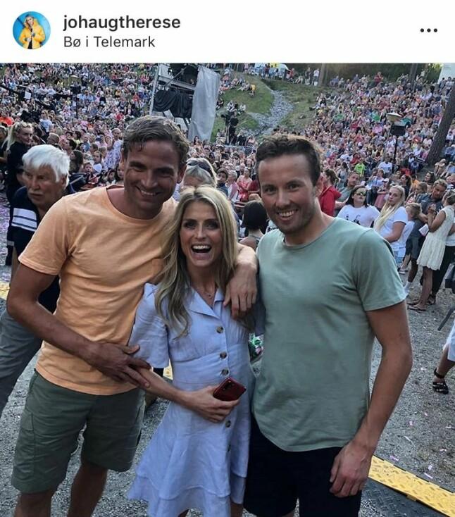 TRIO PÅ SHOW: Niklas Dyrhaug, Therese Johaug og Emil Iversen så ut til å hygge seg på underholdningsshow i Bø Sommarland i forbindelse med TelemarksVeka.