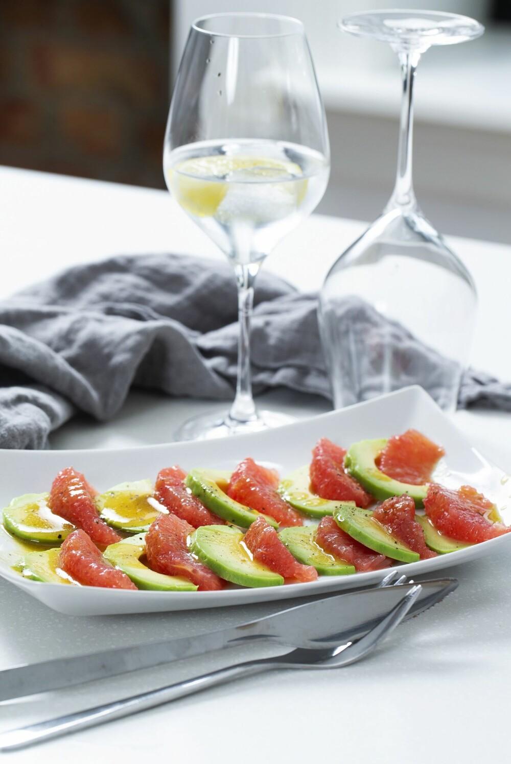 Avokado- og grapefrukt-salat.
