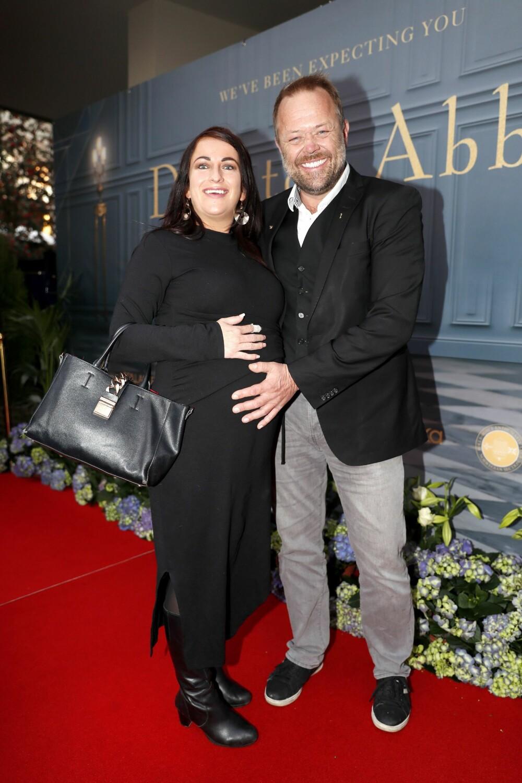 BABYLYKKE: TV-profil Asgeir Borgemoen venter sitt første barn med samboer Heidi i begynnelsen av januar.