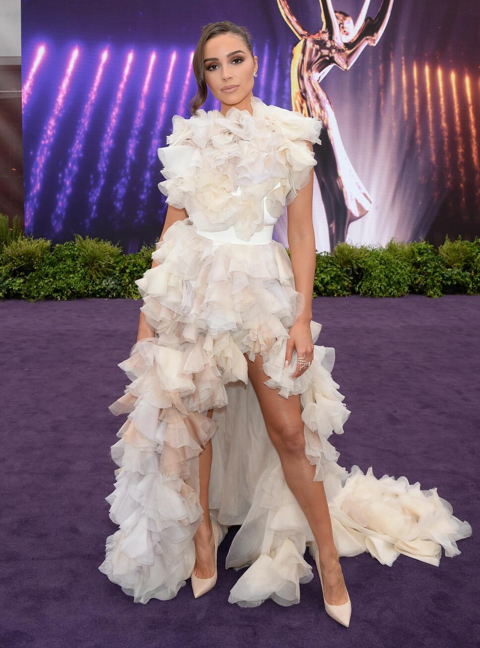 VOLANGER: Motepersonlighet Olivia Culpo tok pusten fra mange i en drøm av en kjole med store volanger.