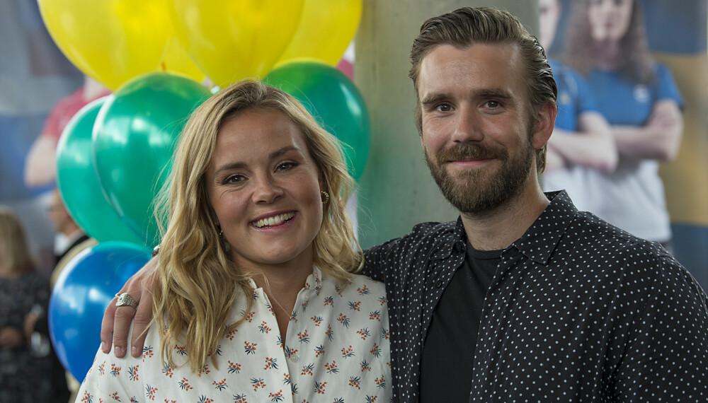BLE SJOKKERT: Stian Blipp ble overrasket da «Senkveld»-kollega Helene Olafsen kunne avsløre at hun og samboer Jørgen Nilsen venter barn.