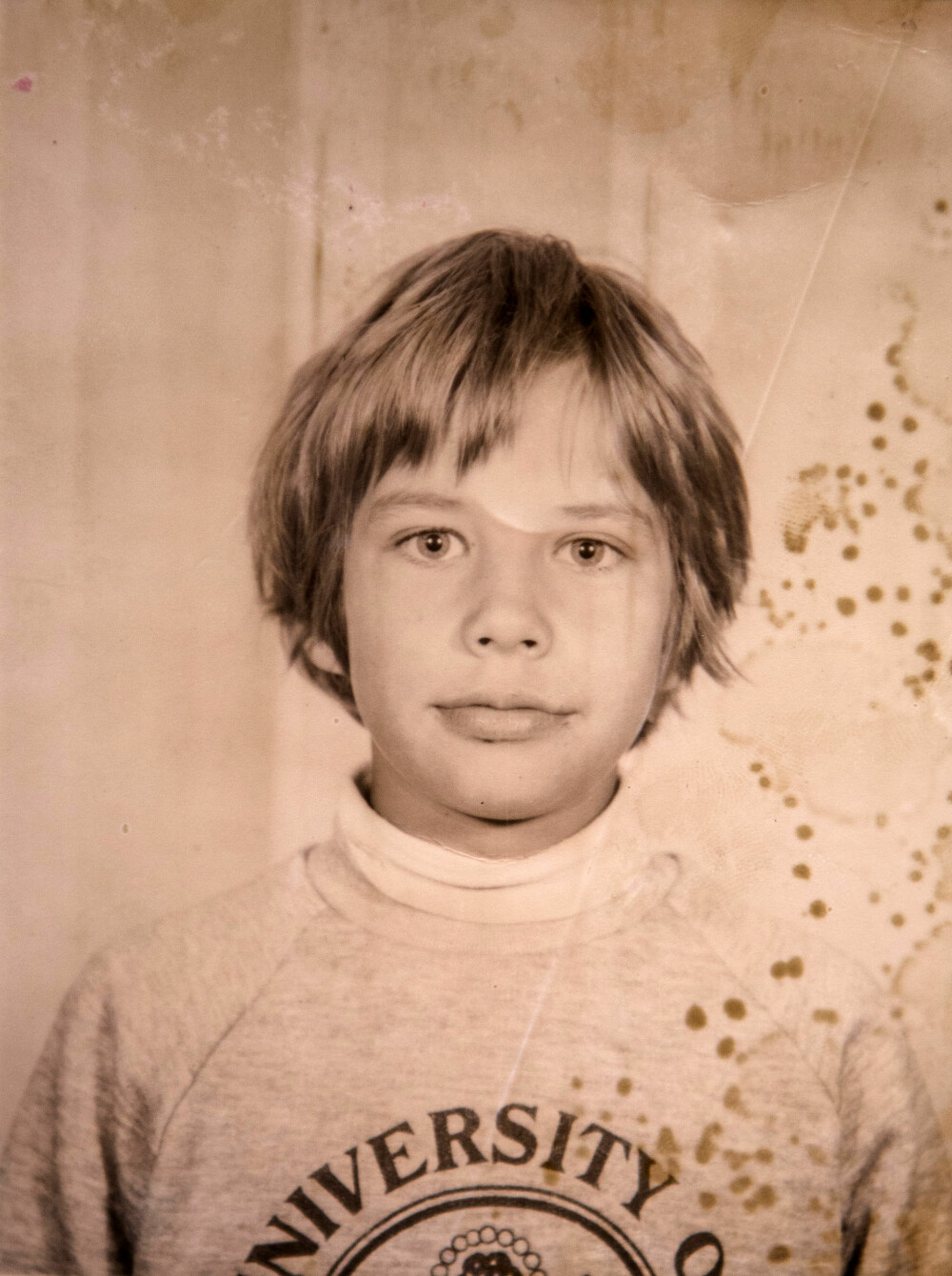 STILLE OG SJENERT: Leif Einar var sjenert som gutt, og egentlig som voksen også, selv om det kanskje ikke virker sånn.