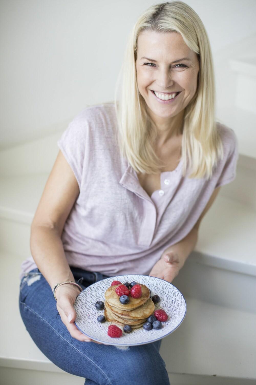 Vibeke Klemetsen (43) inviterer inn på kjøkkenbenken sin.