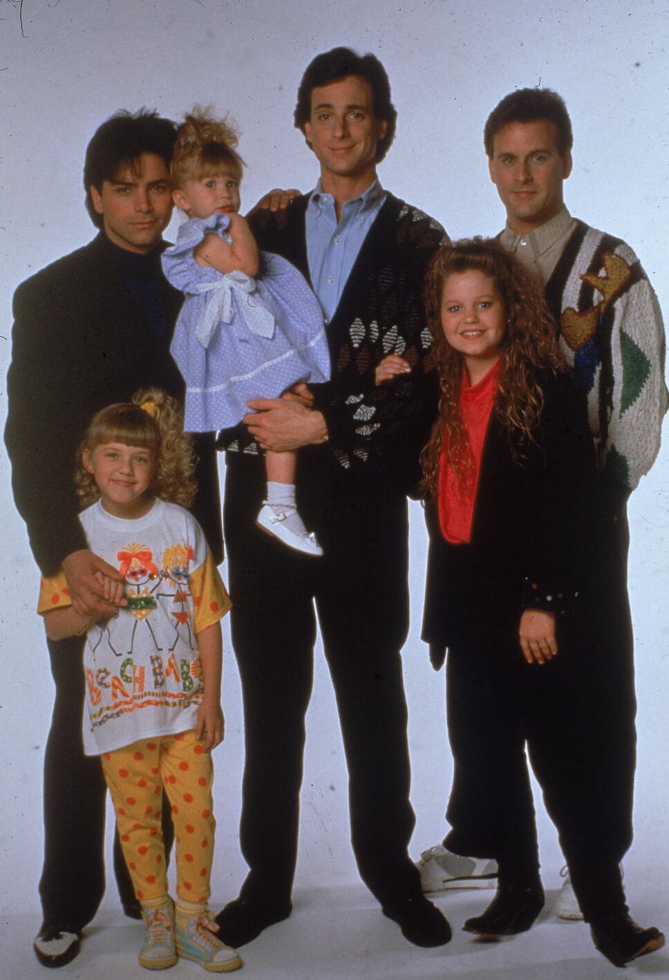 «UNDER SAMME TAK»: John Stamos (f.v.), Jodie Sweetin, Ashley eller Mary-Kate Olsen, Bob Saget, Candace Cameron og David Coulier spilte i den suksesfulle serien.