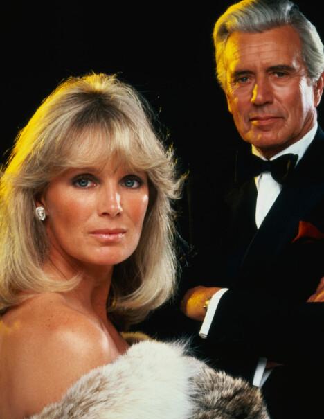 I SERIEN: Linda Evans og John Forsythe i «Dynastiet».